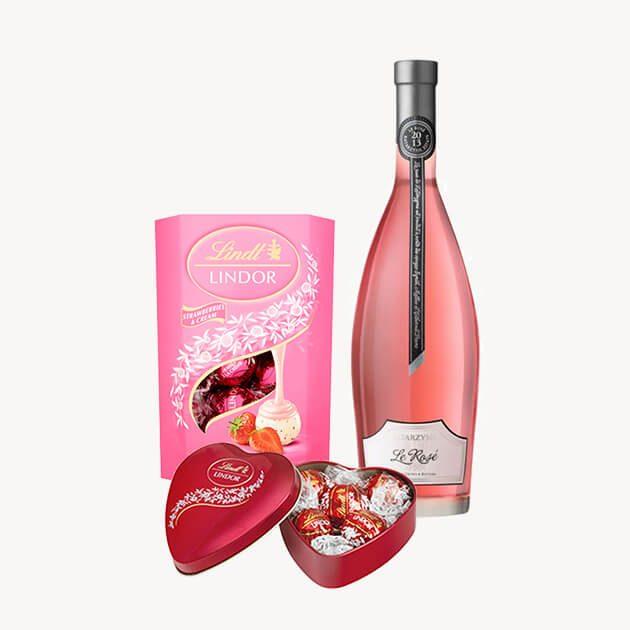 Подаръчен комлект с розе, бонбони и сърце