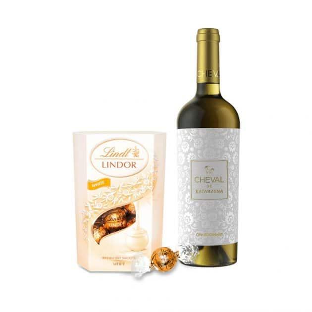 podarachen-komplekt-vino-katardzina-s-bonboni-lindt-lindor