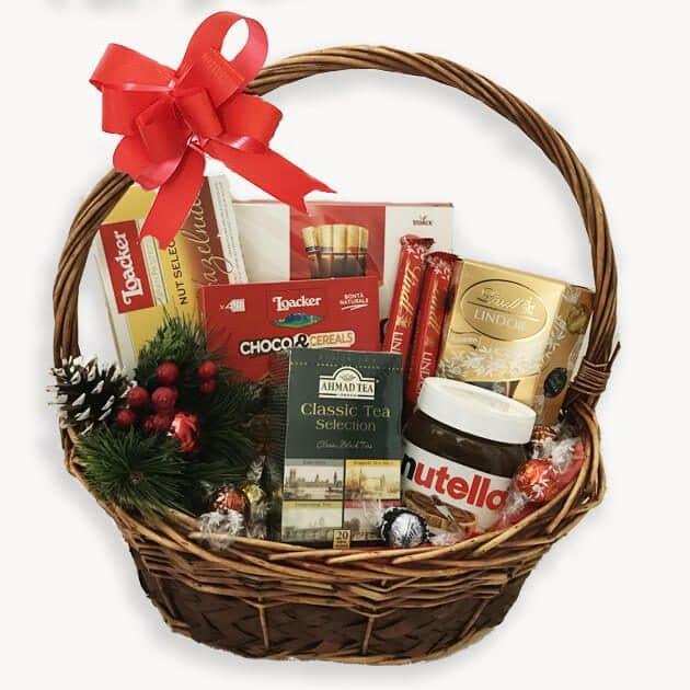 Коледна Подаръчна Кошница 133